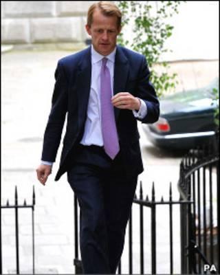 O secretário do Tesouro britânico, David Laws