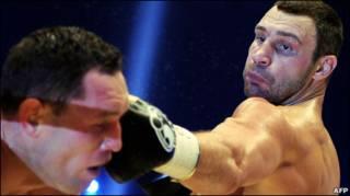 Виталий Кличко наносит Альберту Сосновскому удар по лицу