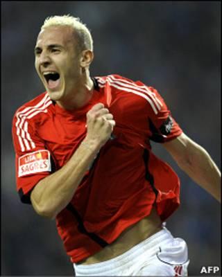 حسن یبدا، بازیکن تیم فوتبال الجزایر