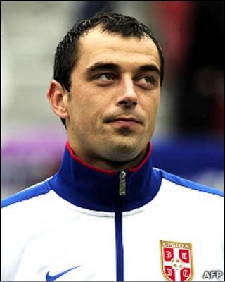نناد میلییاس، بازیکن تیم ملی فوتبال صربستان