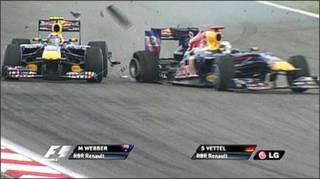 Mobil Webber dan Vettel
