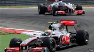 Болиды McLaren