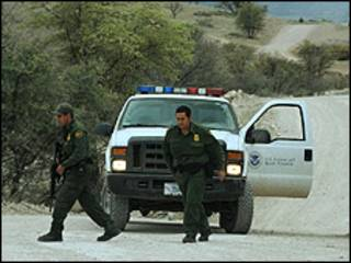 Policías de frontera estadounidenses