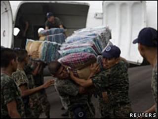 Ayuda llega a Guatemala
