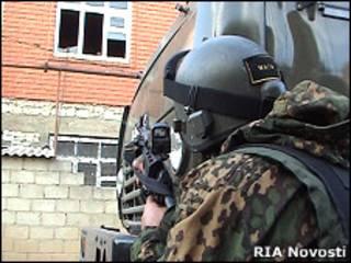 Боец спецподразделения в Дагестане