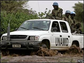 Xe của lực lượng gìn giữ hòa bình Liên Hiệp Quốc