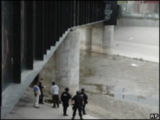 Escena del asesinato del joven mexicano