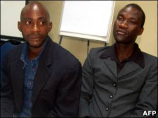 Pareja gay en Malawi. Steven Monjeza y Tiwonge Chimbalanga