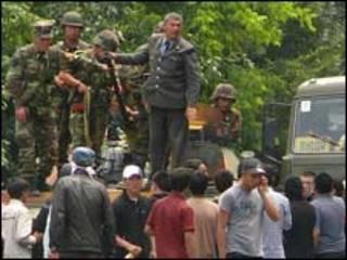 Киргизьким військам дозволено стріляти з метою захисту цивільних та самозахисту