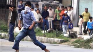 कश्मीर में प्रदर्शनकारी
