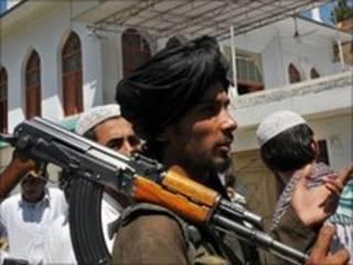 Доповідь твердить, що без зміни в поведінці Пакистану прогресу в Афганістані буде важко досягти