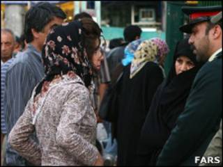 برخورد با حجاب