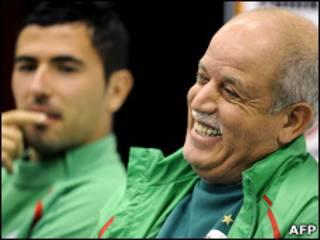 سعدان ويحيى خلال المؤتمر الصحفي