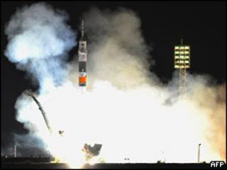 """Старт космического корабля """"Союз"""" 16 июня 2010 года"""