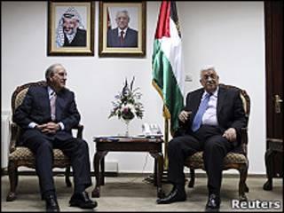 عباس وميتشل
