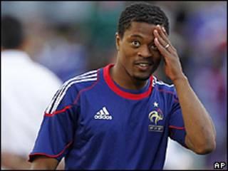 O capitão da seleção da Franca, Patrice Evra