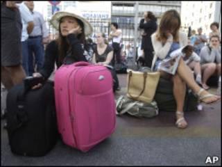 Туристы, застрявшие в Греции