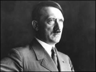 الزعيم الألماني، أدولف هتلر