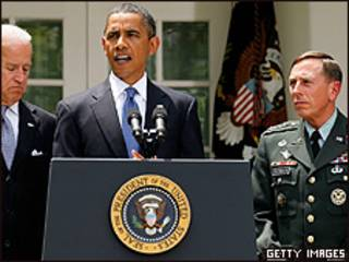 Президент Обама і генерал Петреус