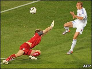 Матч Италия-Словакия