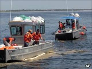 Operação de limpeza no Golfo do México