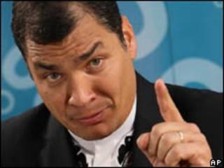 O presidente do Equador, Rafael Correa, durante entrevista (AP, 25 de junho)