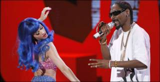 Katy Perry和Snoop Dogg
