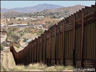 Граница между Мексикой и Аризоной