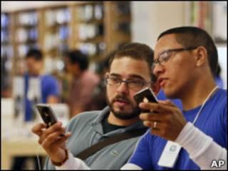 使用iPhone 4手机