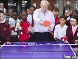 伦敦市长打乒乓