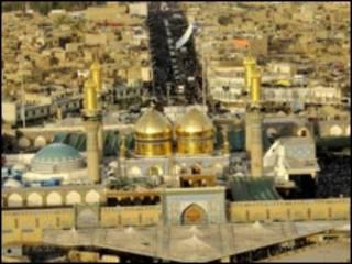 مسجد امام موسی کاظم در شمال بغداد