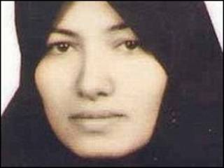Sakineh Mohammadi Ashtiani, mulher condenada a apedrejamento no Irã