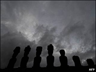 Estatuas de roca volcánica de la isla de Pascua