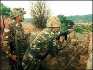 फ़ाइल भारतीय सैनिक पूंछ