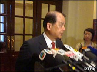 香港勞工及福利局局長張建宗(17/07/2010)