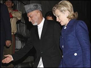 Hamid Karzai dan Hillary Clinton