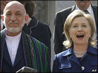 Hamid Karzai e Hillary Clinton