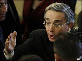 Álvaro Uribe, presidente de Venezuela
