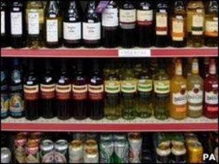 超市酒品货架