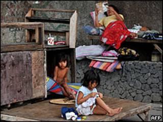 Una familia pobre en América Latina.