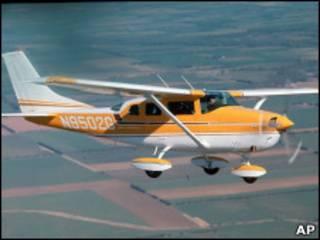 Cessna 206 (imagem de arquivo)