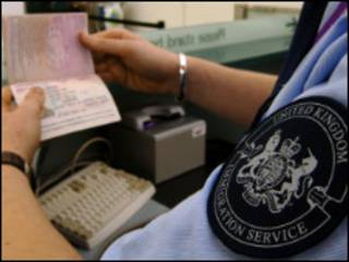 赴英学生签证