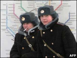 милиционеры зимой