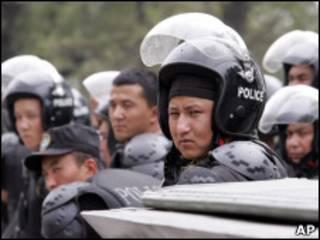 Киргизские полицейские