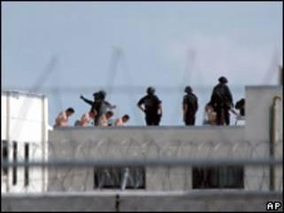 Imagen de archivo de un motín en una cárcel mexicana