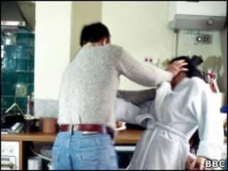 Сцена домашнего насилия