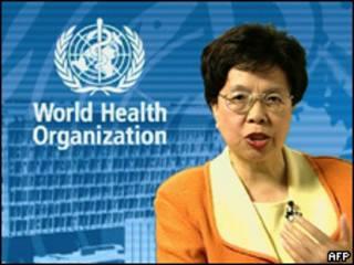 A diretora-geral da OMS, Margaret Chan, durante anúncio do fim de pandemia de gripe suína, nesta terça-feira (AFP, 10 de agosto)