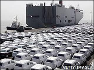 سيارات ألمانية في ميناء التصدير