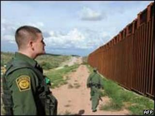 Muro na fronteira entre México e Estados Unidos