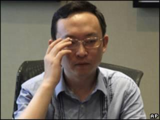 यू जीए, चीनी लेखक